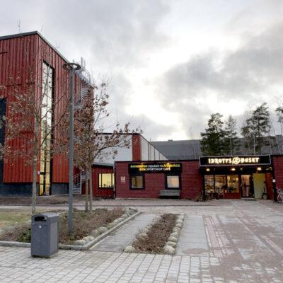 Idrottshuset i Växjö med nya klätterväggen. 12 meter.